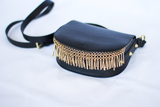 DIY_Gold-Metal_Fringe_Purse_Bag2